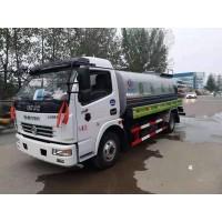 东风多利卡8.8吨洒水车